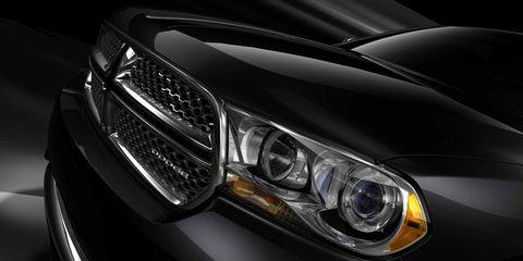 Automotive design, Automotive lighting, Headlamp, Automotive exterior, Hood, Grille, Car, Automotive parking light, Bumper, Light,