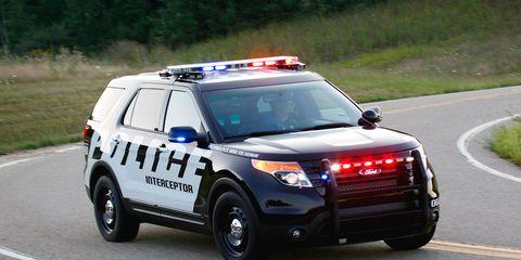 Motor vehicle, Road, Emergency vehicle, Emergency service, Vehicle, Infrastructure, Car, Police car, Emergency, Police,