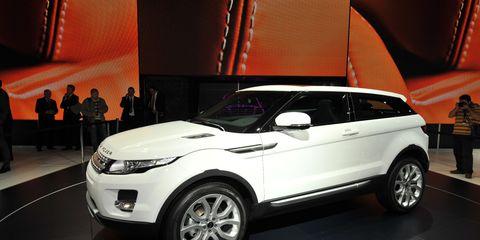 Tire, Wheel, Automotive design, Product, Vehicle, Land vehicle, Alloy wheel, Car, Automotive exterior, Automotive tire,