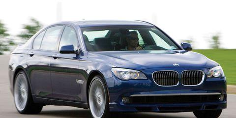 Tire, Automotive design, Mode of transport, Vehicle, Land vehicle, Hood, Car, Grille, Rim, Automotive tire,