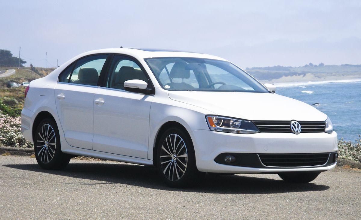 2011 Volkswagen Jetta Gli 2 0 Tsi 8211 Review 8211 Car And Driver