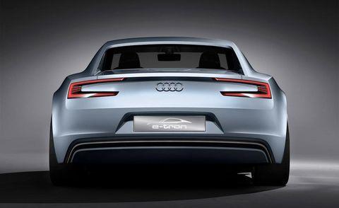 Automotive design, Mode of transport, Vehicle, Vehicle registration plate, Automotive exterior, Land vehicle, Automotive tail & brake light, Car, Automotive lighting, Personal luxury car,