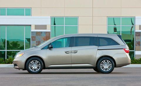 Tire, Wheel, Mode of transport, Automotive mirror, Vehicle, Glass, Transport, Automotive design, Land vehicle, Automotive tire,
