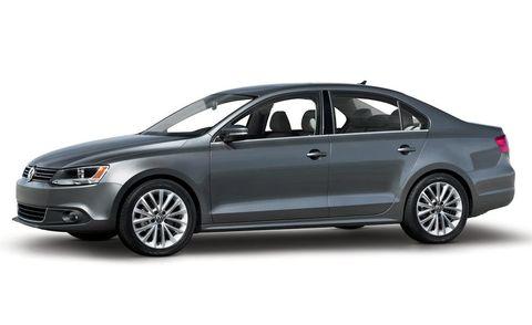 Tire, Wheel, Automotive design, Product, Vehicle, Alloy wheel, Car, Rim, Automotive lighting, Grille,