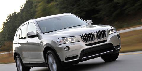 Tire, Motor vehicle, Wheel, Mode of transport, Automotive design, Daytime, Vehicle, Automotive lighting, Automotive exterior, Headlamp,