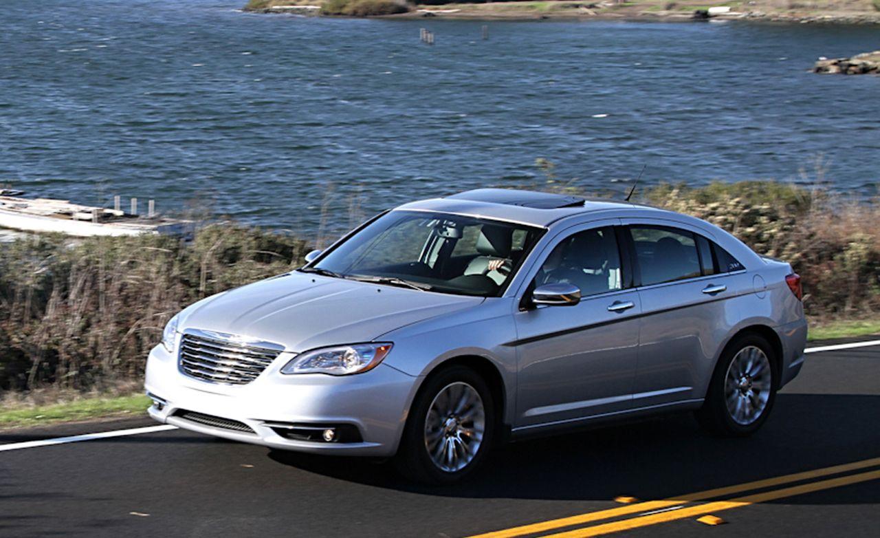 2011 chrysler 200 touring convertible review