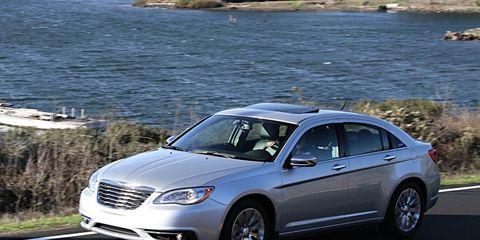 Chrysler 200 Mpg >> 2011 Chrysler 200 8211 Review 8211 Car And Driver