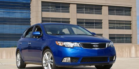 5 Door Car >> 2011 Kia Forte 5 Door Hatchback Test Kia Forte Review
