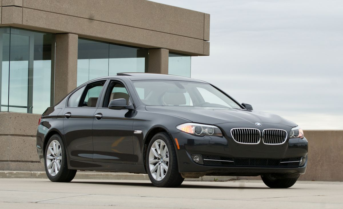 Bmw 5 Series Review 2011 Bmw 528i Test 8211 Car And Driver