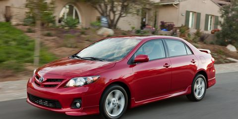Tire, Wheel, Vehicle, Automotive design, Car, Automotive lighting, Rim, Automotive mirror, Technology, Full-size car,