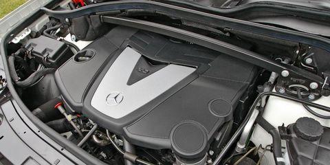 Automotive design, Engine, Personal luxury car, Automotive engine part, Luxury vehicle, Supercar, Carbon, Sports car, Automotive fuel system, Kit car,
