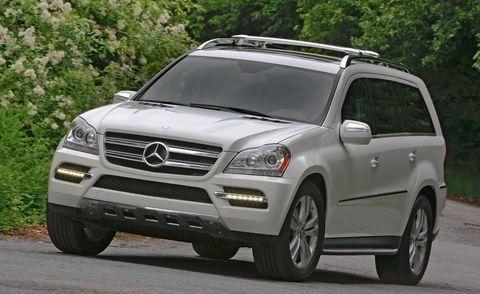 Tire, Wheel, Automotive design, Vehicle, Automotive exterior, Grille, Car, Glass, Rim, Mercedes-benz,