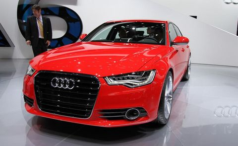 Automotive design, Vehicle, Event, Land vehicle, Grille, Car, Alloy wheel, Audi, Personal luxury car, Concept car,