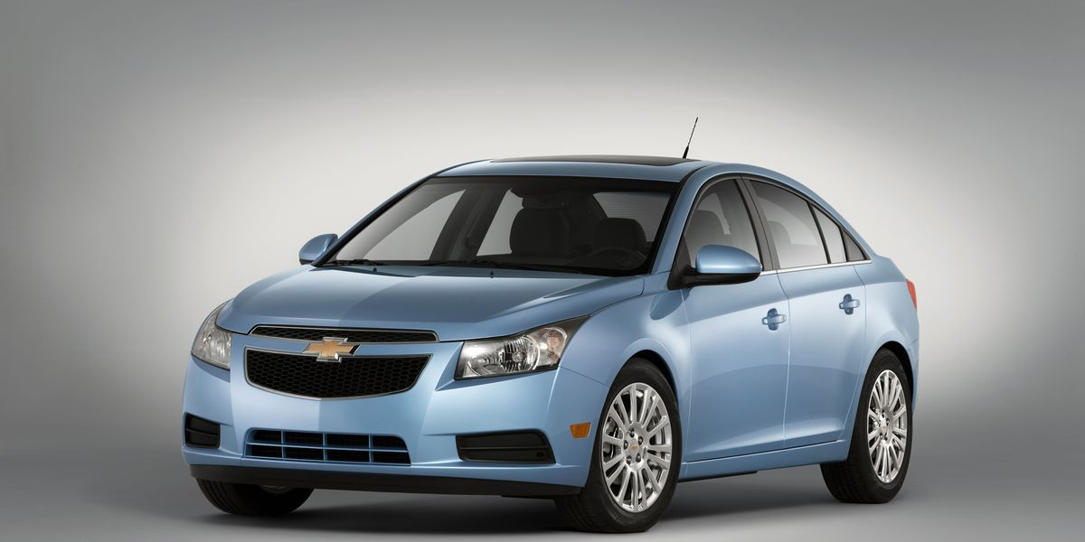 2011 Chevrolet Cruze Eco Drive Chevy Cruze Review 150 Car And Driver