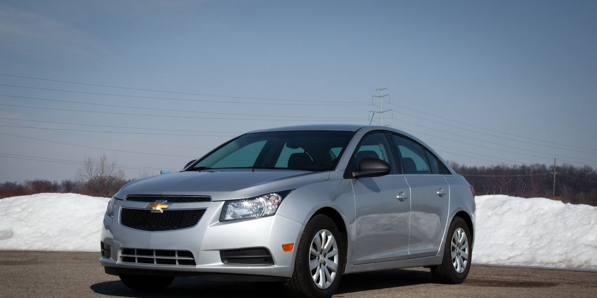 2011 Chevrolet Cruze Ls Test 8211 Review 8211 Car And Driver