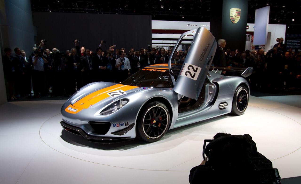 Porsche 918 Rsr Concept Debuts Spyder News 8211 Car And Driver