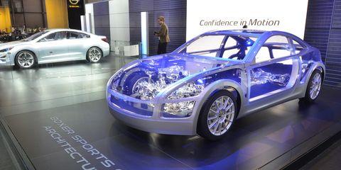 Tire, Wheel, Motor vehicle, Automotive design, Land vehicle, Automotive tire, Vehicle, Alloy wheel, Automotive wheel system, Car,