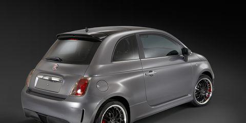 Motor vehicle, Tire, Wheel, Automotive design, Automotive tire, Vehicle, Automotive wheel system, Alloy wheel, Rim, Car,
