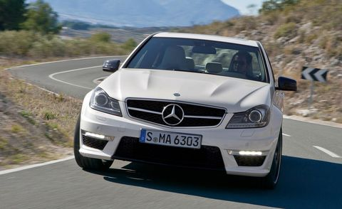 Road, Mode of transport, Automotive design, Vehicle, Land vehicle, Grille, Infrastructure, Road surface, Mercedes-benz, Car,
