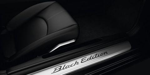 Automotive design, Automotive exterior, Vehicle door, Personal luxury car, Luxury vehicle, Automotive door part, Carbon, City car, Mid-size car,