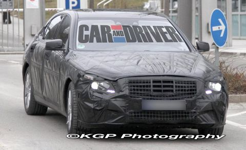 Motor vehicle, Tire, Vehicle, Automotive design, Land vehicle, Infrastructure, Grille, Car, Automotive lighting, Road,