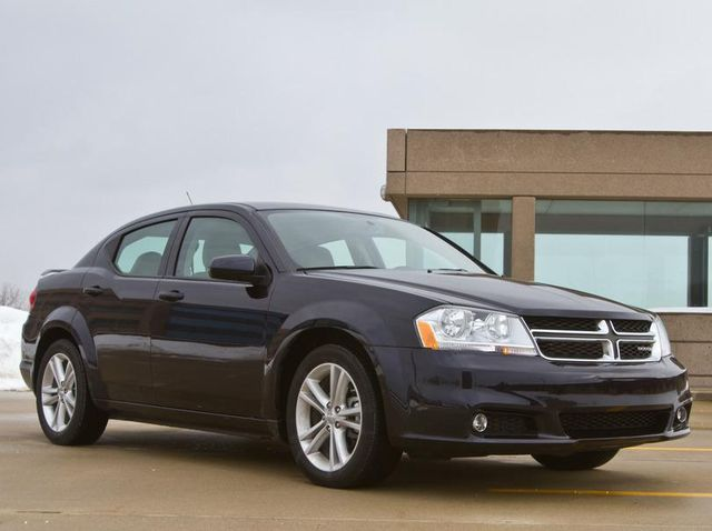 Dodge Avenger Review Pricing And Specs