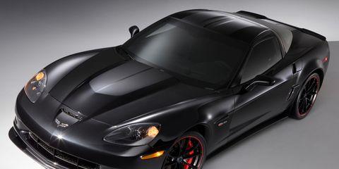 Automotive design, Vehicle, Hood, Rim, Car, Performance car, Automotive tire, Sports car, Fender, Automotive lighting,