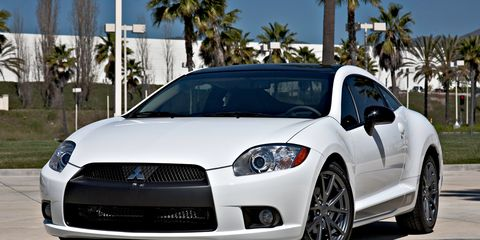Motor vehicle, Tire, Wheel, Automotive design, Blue, Daytime, Vehicle, Headlamp, Hood, Automotive lighting,