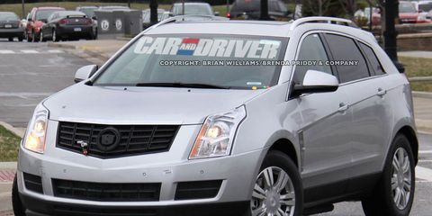 2017 Cadillac Srx Plug In Hybrid Spy Photos