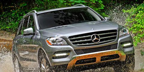 Automotive design, Vehicle, Land vehicle, Grille, Headlamp, Automotive lighting, Car, Automotive parking light, Hood, Mercedes-benz,