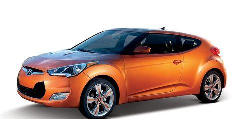 Motor vehicle, Automotive design, Mode of transport, Vehicle, Automotive exterior, Automotive lighting, Headlamp, Car, Vehicle door, Hood,