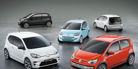 Wheel, Tire, Motor vehicle, Automotive design, Automotive mirror, Vehicle, Land vehicle, Car, Alloy wheel, Hatchback,