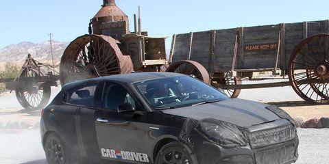 Wheel, Tire, Motor vehicle, Mode of transport, Automotive tire, Automotive design, Vehicle, Transport, Automotive wheel system, Land vehicle,