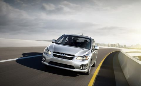 Tire, Wheel, Automotive design, Automotive lighting, Vehicle, Headlamp, Road, Infrastructure, Rim, Hood,