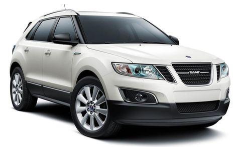 Motor vehicle, Product, Daytime, Vehicle, Glass, Automotive tire, Automotive lighting, Headlamp, Automotive design, Hood,