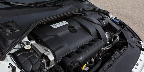 Automotive exterior, Engine, Hood, Automotive engine part, Luxury vehicle, Personal luxury car, Bumper, Performance car, Automotive super charger part, Kit car,