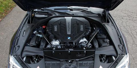 Vehicle, Automotive design, Headlamp, Car, Automotive lighting, Light, Hood, Glass, Luxury vehicle, Personal luxury car,