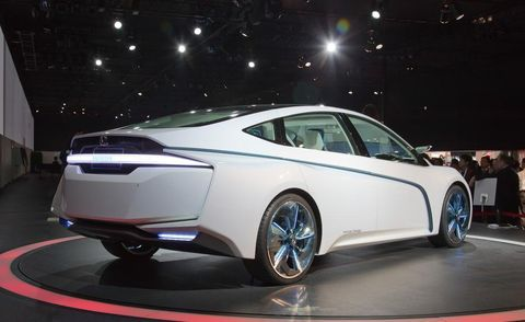Wheel, Mode of transport, Automotive design, Product, Vehicle, Transport, Car, Auto show, Personal luxury car, Mid-size car,