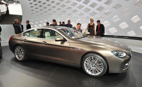 Tire, Wheel, Automotive design, Vehicle, Alloy wheel, Spoke, Rim, Car, Automotive wheel system, Personal luxury car,