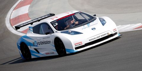 Tire, Wheel, Automotive design, Vehicle, Motorsport, Car, Sports car racing, Race track, Racing, Performance car,