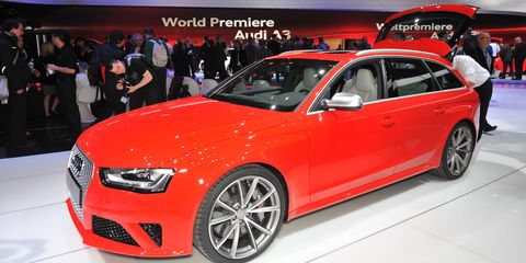 Tire, Wheel, Automotive design, Vehicle, Event, Car, Alloy wheel, Exhibition, Auto show, Full-size car,