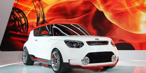 Motor vehicle, Tire, Automotive design, Product, Vehicle, Automotive lighting, Car, Rim, Grille, Hood,