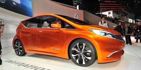 Motor vehicle, Wheel, Tire, Mode of transport, Automotive design, Vehicle, Land vehicle, Event, Car, Auto show,