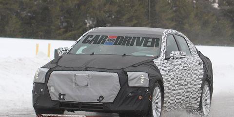 Automotive design, Vehicle, Automotive exterior, Car, Automotive tire, Rim, Fender, Luxury vehicle, Vehicle door, Sports car,