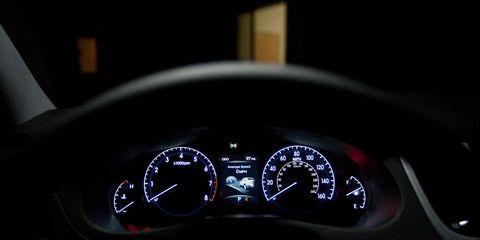 Mode of transport, Speedometer, Gauge, Tachometer, Measuring instrument, Trip computer, Odometer, Luxury vehicle, Fuel gauge,