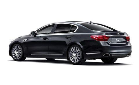 Tire, Wheel, Automotive design, Vehicle, Alloy wheel, Rim, Car, Full-size car, Spoke, Automotive lighting,