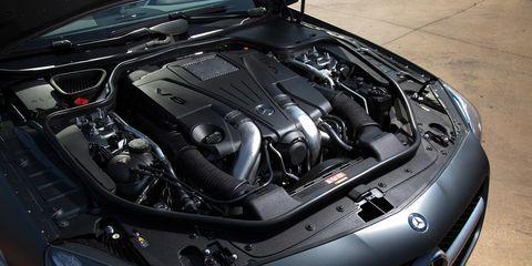 Automotive design, Vehicle, Car, Hood, Personal luxury car, Grille, Performance car, Automotive exterior, Luxury vehicle, Engine,