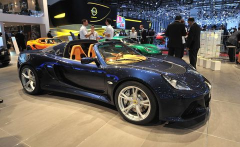 Tire, Wheel, Automotive design, Vehicle, Land vehicle, Performance car, Car, Rim, Sports car, Supercar,