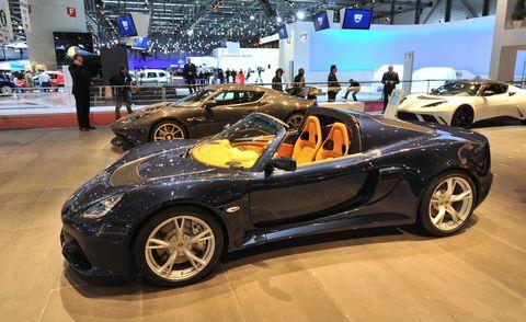 Tire, Wheel, Automotive design, Land vehicle, Vehicle, Event, Car, Personal luxury car, Performance car, Rim,