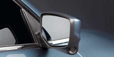 Motor vehicle, Automotive mirror, Mode of transport, Automotive design, Automotive exterior, Automotive side-view mirror, Glass, Vehicle door, Rear-view mirror, Mirror,